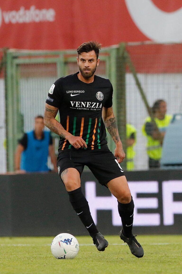 Transfer important reușit de Chindia Târgoviște. Un jucător cu 300 de meciuri din Italia a semnat cu echipa de sub Turn